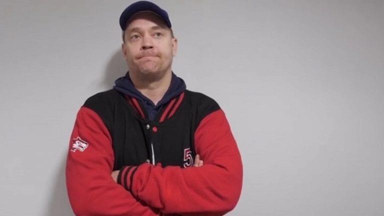 """STT: JoKP:n valmentajalta raju avautuminen Mestiksen tilanteesta – """"Päästäkää nyt p*****e meidät pelaamaan!"""""""