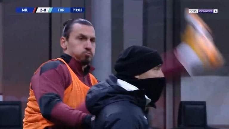 Video: Valmentajan päätä hiponeet ninjapotkut hämmensivät – mitä ihmettä Zlatan touhusi lämmitellessään?