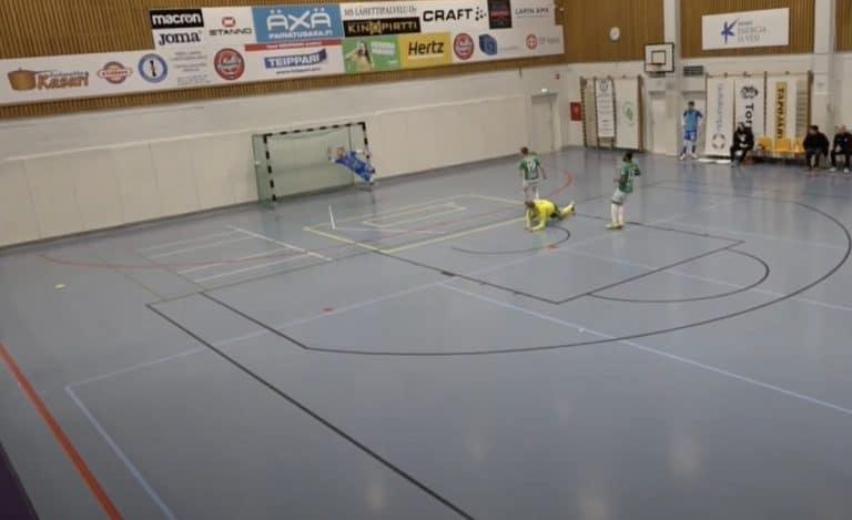 Video: Ilveksen Jaakko Ahokas painoi fantastisen osuman Futsal-Liigassa