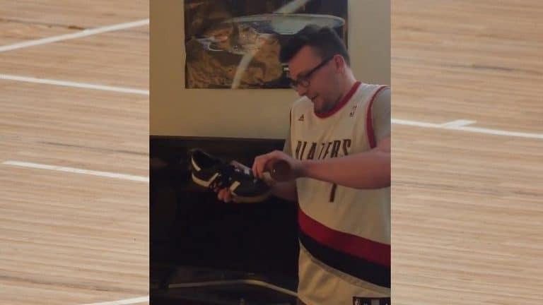Video: Trail Blazers -fani lupasi syödä kenkänsä jos joukkue voittaa – teki parhaansa lunastaakseen lupauksen