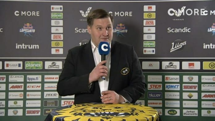 Lauri Mikkola Ilves-Kärpät lehdistötilaisuus / Pallomeri.net