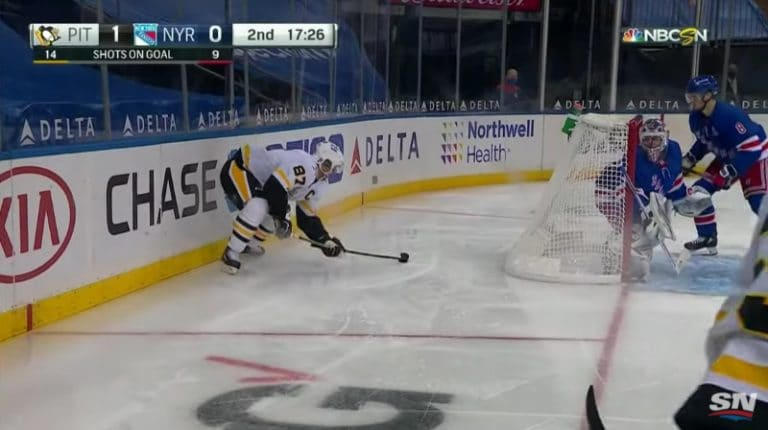 Video: Sidney Crosby yritti komeaa rystypuolen ilmaveiviä