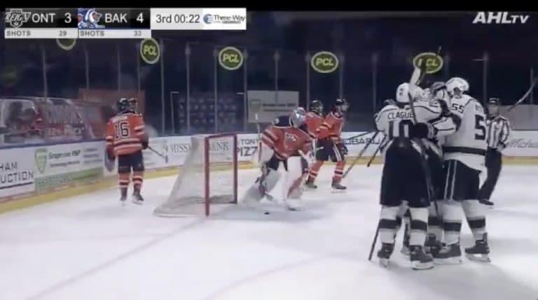 Video: AHL-hyökkääjältä käsittämätön suoritus – iski hattutempun alle kolmessa minuutissa
