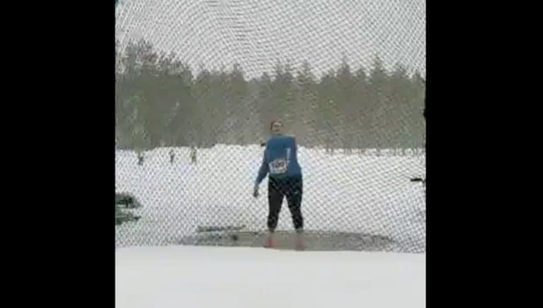 Video: Hurja temppu! Silja Kosonen heitti lumisateessa moukarinheiton Suomen ennätyksen