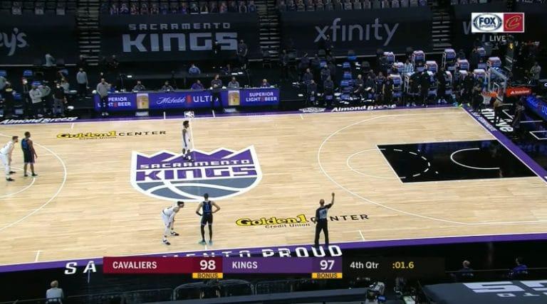 Video: Sacramento Kings herkutteli dramaattisen voittokorin – ratkaisun avaimena fantastinen koko kentän passi