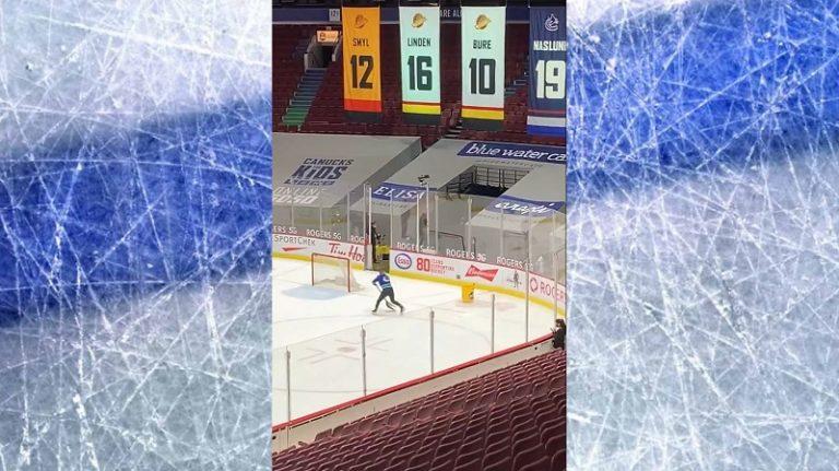Video: Vancouver Canucksin jäänputsaustiimin jäsen pisti shown pystyyn – upeaa intohimoa ja heittäytymistä