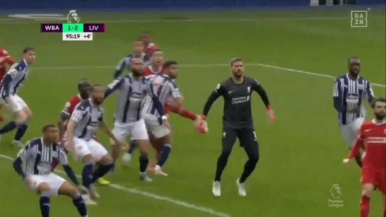 Video: Huimaa draamaa – tähtivahti Alisson puski Liverpoolille voiton lisäajalla
