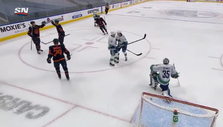 Video: Jesse Puljujärvi maalasi upealla vedolla Connor McDavidin passista
