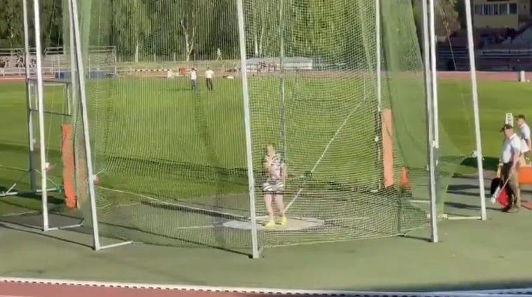 Video: Silja Kosonen heitti moukarinheiton SE:n sekä nuorten maailmanennätyksen!