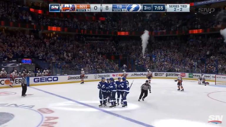 Video: Hurja ylijuoksu – Tampa Bay murskasi NY Islandersin viidennessä kohtaamisessa