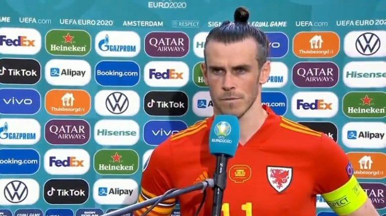 Video: Gareth Bale ei ollut juttutuulella – otti nokkiinsa toimittajan kysymyksestä ja häipyi suorasta lähetyksestä