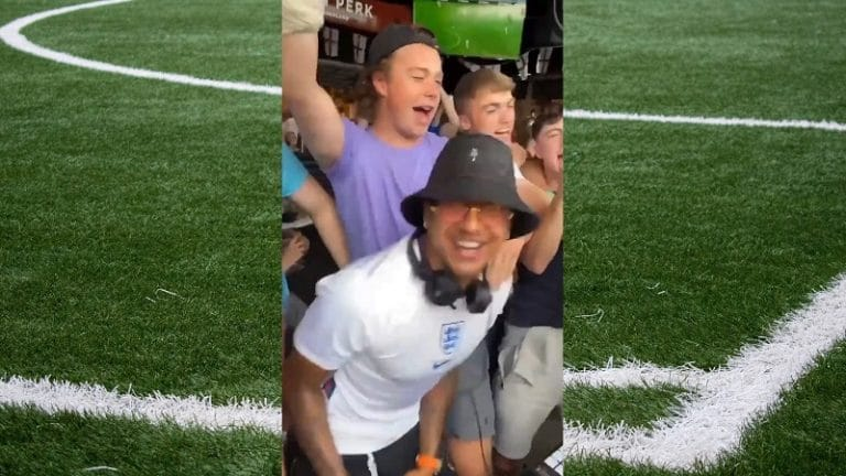 Video: EM-kisoista pudonnut Jesse Lingard ei jäänyt suremaan kohtaloaan – viihdyttää nyt Englannin faneja DJ:nä