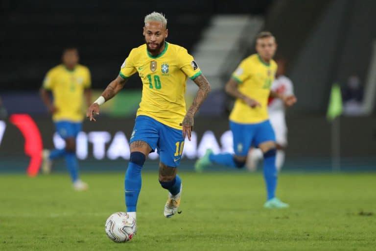 Video: Neymar alisti vastustajia härskeillä harhautuksilla
