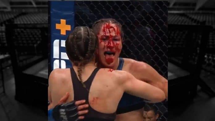 Jessica Eyen otsa UFC 264 / Pallomeri.net