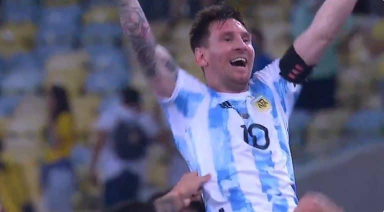 Video: Lionel Messi paukutti hattutempun ja rikkoi Pelen maaliennätyksen
