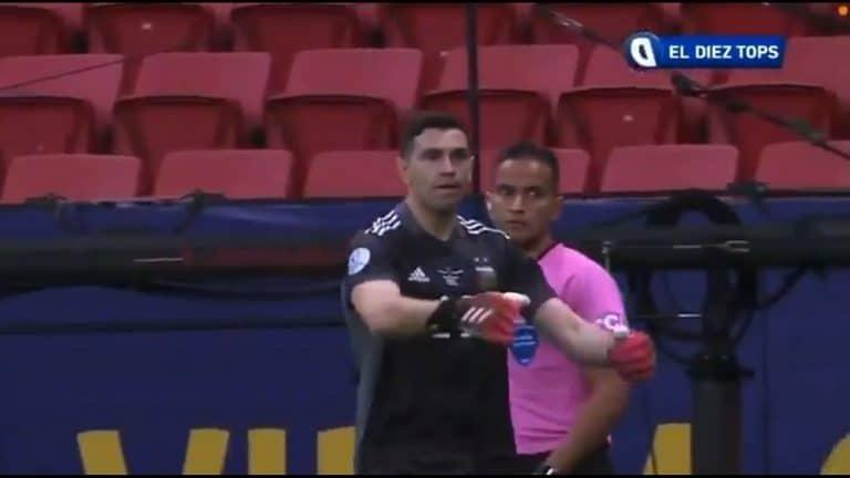 Video: Argentiinan Emiliano Martinez otti huikeat kolme torjuntaa pilkkukisassa – Superclasico odottaa finaalissa
