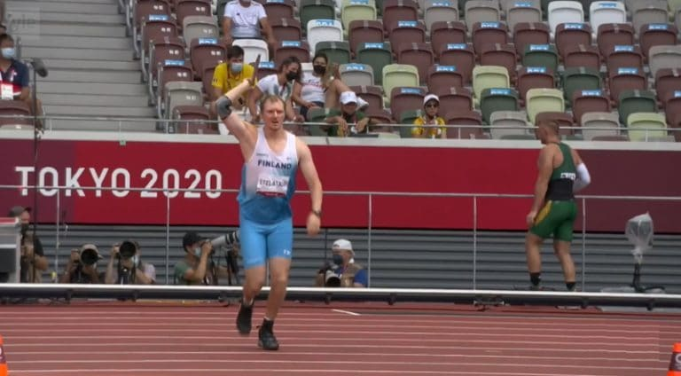 Video: Lassi Etelätalo heitti komealla keihäskaarella olympiafinaaliin!