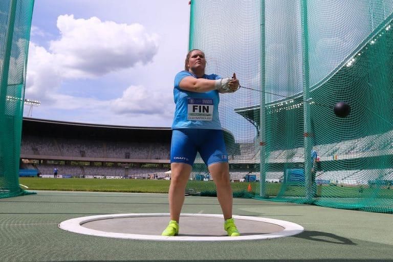 Silja Kosonen voitti huikean ylivoimaisesti moukarinheiton MM-kultaa