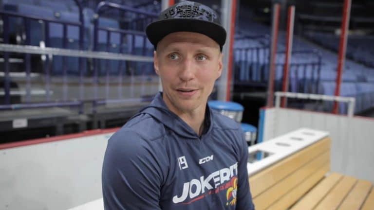"""Jokerit ja Veli-Matti Savinainen jatkosopimukseen – """"Tavoite on tuoda Gagarin Cup Suomeen"""""""