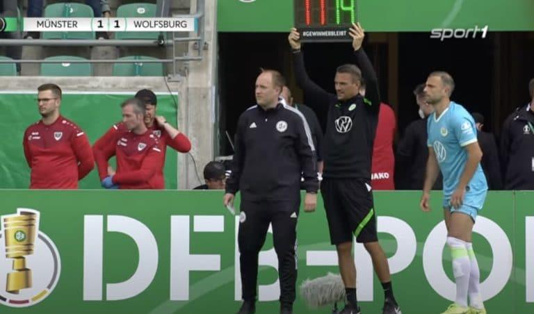 Wolfsburg ulos nolosti Saksan Cupista – päävalmentaja teki yhden vaihdon liikaa