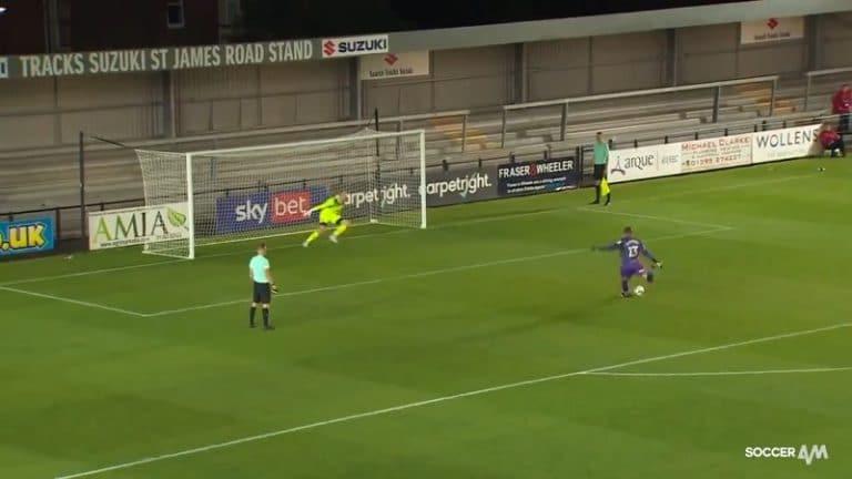 Video: Wycombe-veskaria ei huimannut liigacupin pilkkukisassa – röyhkeä tykki aivan yläpesään