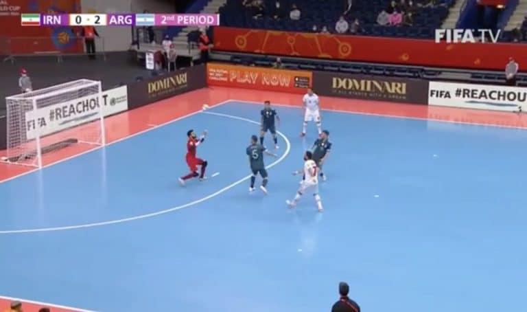 Video: Futsalin MM-kisoissa nähtiin huikaiseva chippimaali