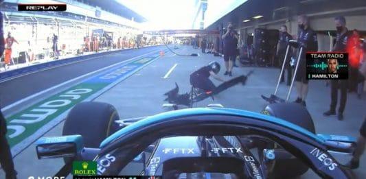 Lewis Hamilton törmäsi tunkkimieheen - pallomeri.net