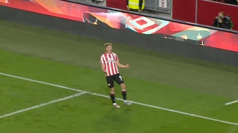 Video: Marcus Forss oli aivan timanttisessa iskussa – latoi neljä maalia Oldhamin verkkoon