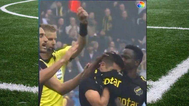 Video: Hölmö ulosajo Tukholman derbyssä – AIK-kärki juhli maalia ilman paitaa ja sai toisen keltaisen
