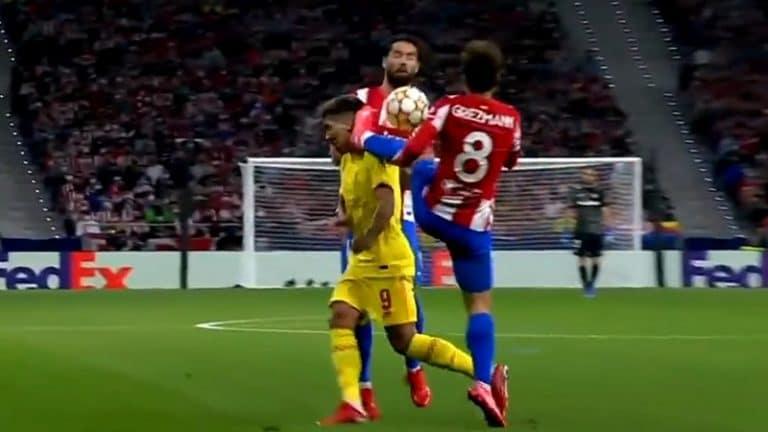 Video: Antoine Griezmann lensi suoralla punaisella kortilla ulos – potkaisi Liverpool-tähteä päähän